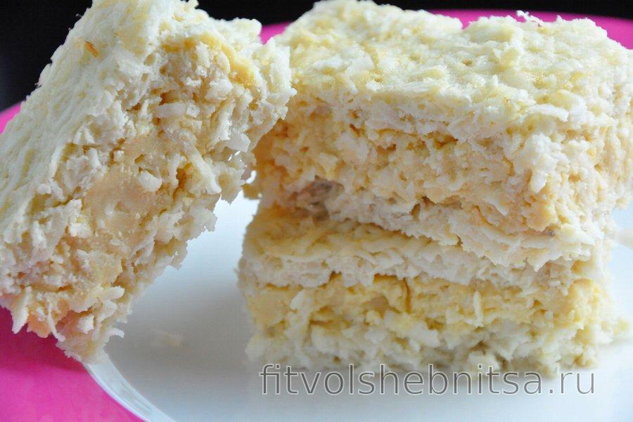 Кокосовый торт с пудингом из яичных желтков (без глютена)