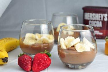Полезный шоколадный пудинг с бананом