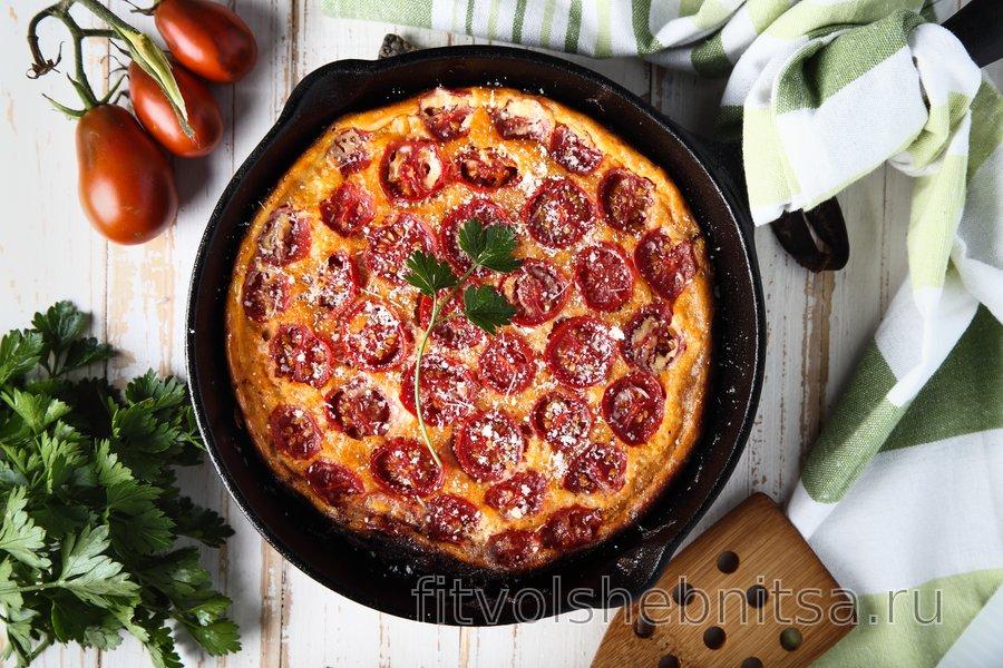 Низкоуглеводная фриттата с помидорами