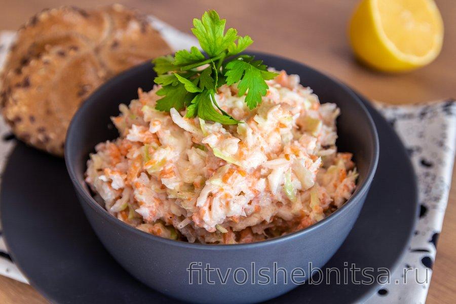 Легкий и полезный капустный салат